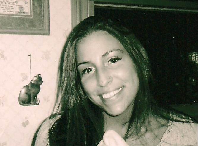 http://www.croswellfuneralhome.com/Pictures/Mindy%20Nesbitt%20pic.jpeg