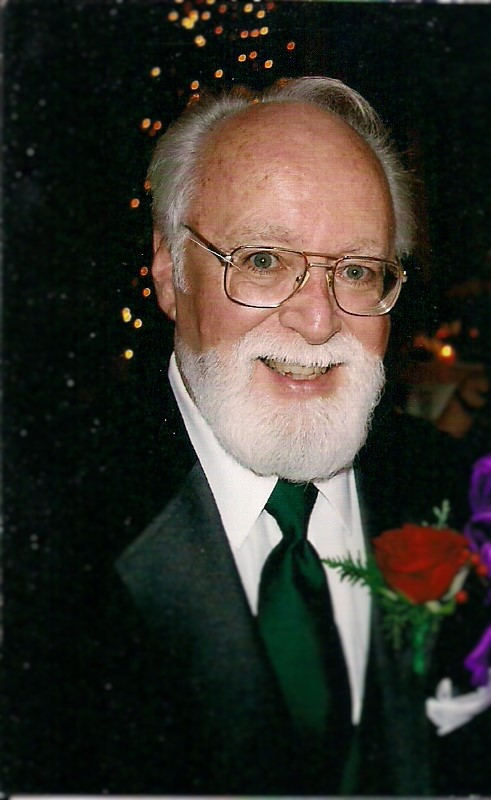 http://www.croswellfuneralhome.com/Pictures/robert%20russo%20pic%20(2).jpg